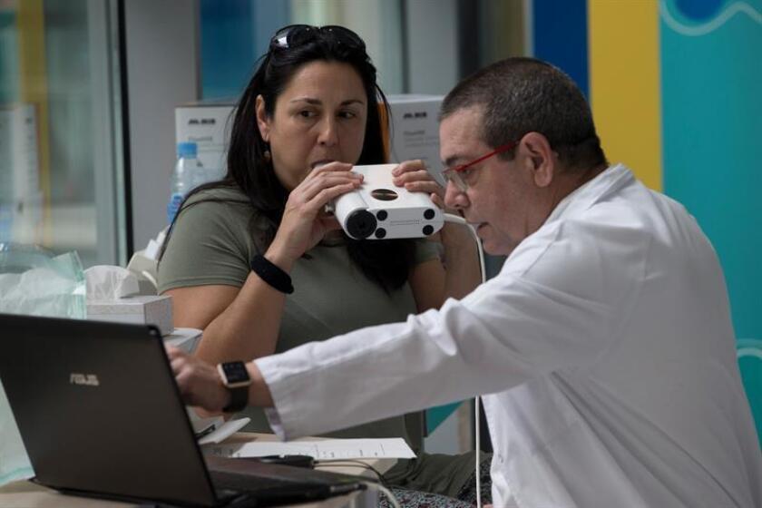 Una persona se realiza pruebas especiales para diagnosticar el asma. EFE/Archivo