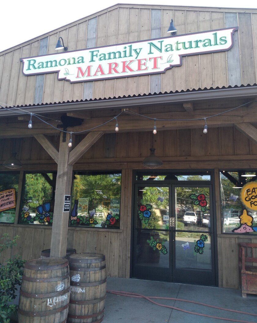 Ramona Family Naturals Market features live music on Thursday summer evenings on the patio during Graffiti Cruise Nights