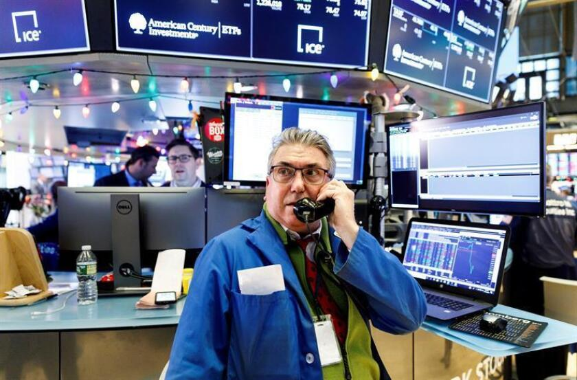 US stocks fall sharply in holiday-shortened trading session