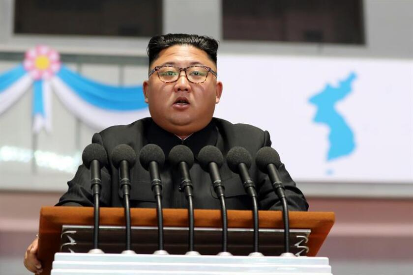 El líder norcoreano, Kim Jong-un, habla en Pyongyang (Corea del Norte). EFE/PYONGYANG PRESS CORPS/POOL/FILE