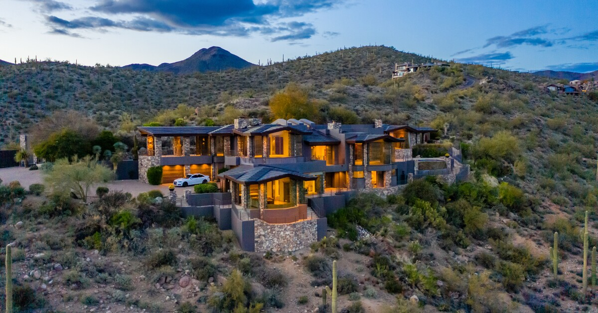 Steven Seagal offers up his bulletproof compound in the Arizona desert