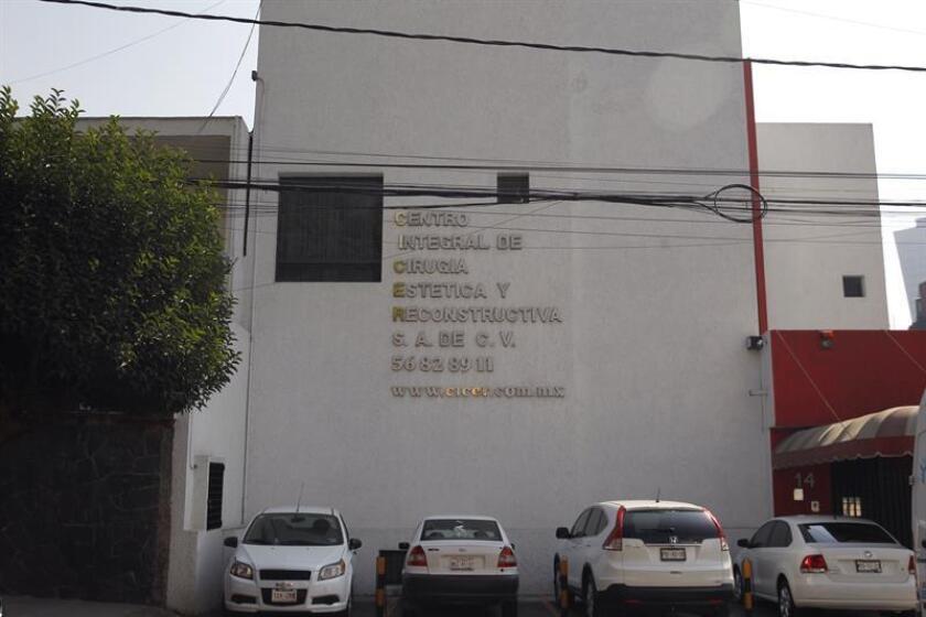 Vista general del exterior de una clínica de belleza hoy, miércoles 3 de enero de 2018, en Ciudad de México (México). EFE