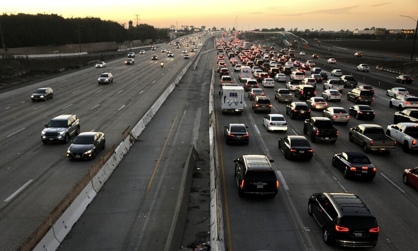 405 Freeway looking north from the Fairview Road overpass