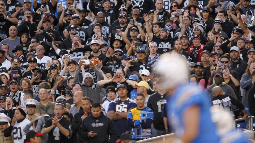 Chargers vs Raiders 12/18/16