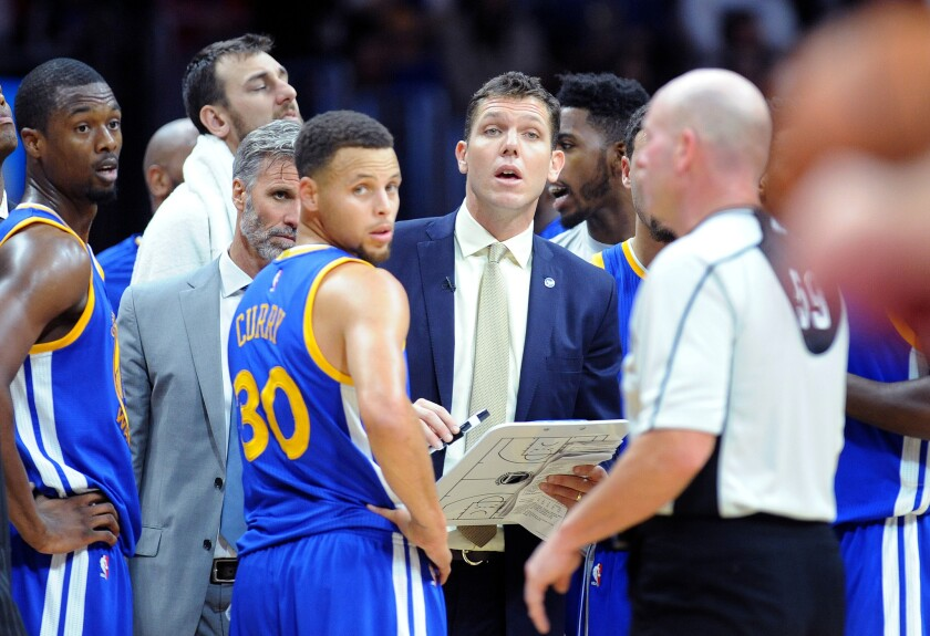 Lakers get OK to interview Warriors assistant Luke Walton for coaching job