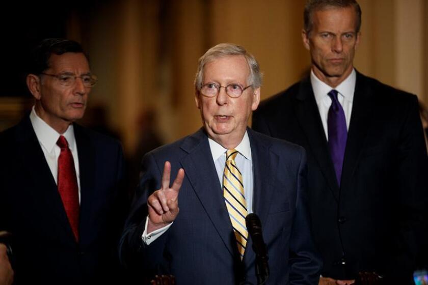 Varios senadores republicanos defendieron hoy a Brett Kavanaugh, que se convirtió este sábado en nuevo juez del Tribunal Supremo de EE.UU., después de una reñida votación (50-48) en el Senado marcada por las alegaciones de presuntos abusos sexuales del magistrado. EFE/Archivo