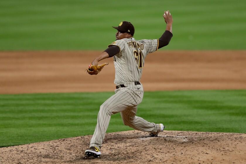 Padres pitcher Luis Perdomo