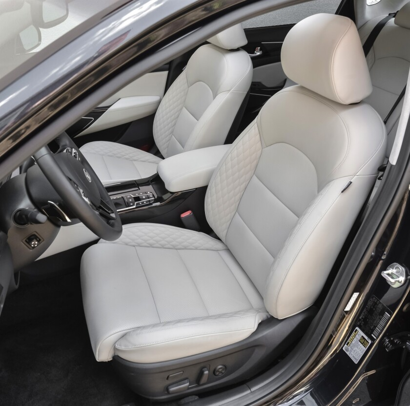 Snow White Pearl leather upholstery.