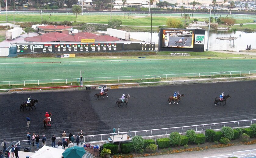 Hollywood Park is closing Sunday after 75 years of providing thrills to horseplayers.
