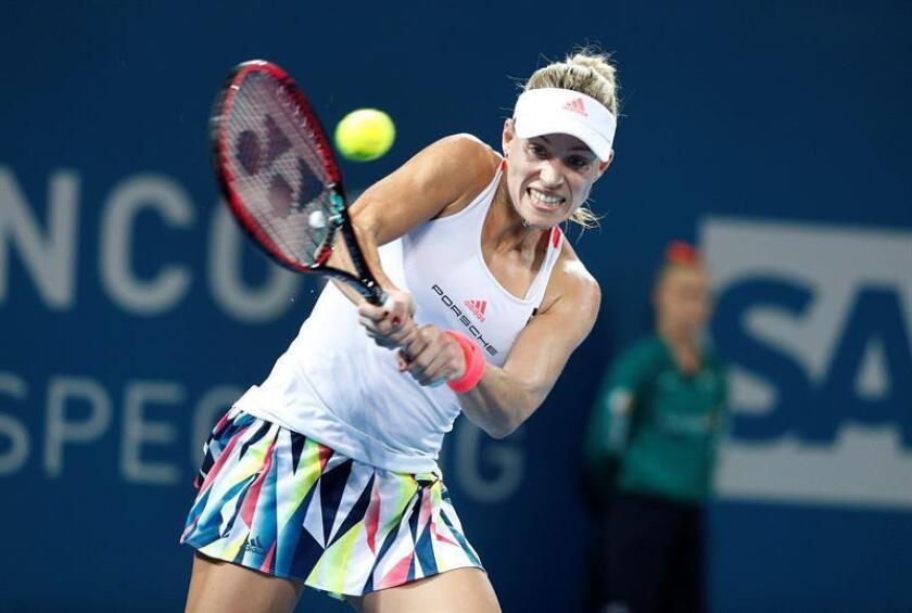 La alemana Angeline Kerber, número uno de la lista mundial de la WTA, confirmó para el Abierto de Tenis de Monterrey que transcurrirá en esa ciudad del norte de México del 3 al 9 de abril, confirmaron hoy los organizadores del torneo. EFE/EPA/ARCHIVO