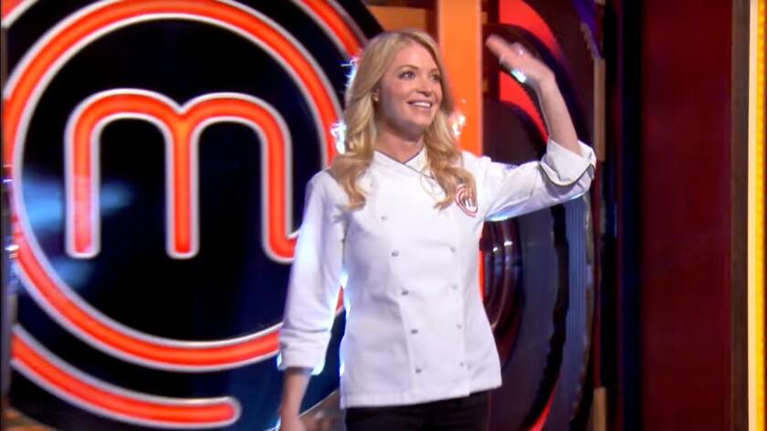 Sarah Faherty waving on show.jpg