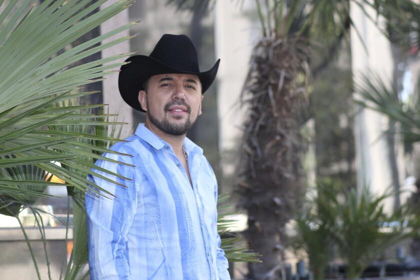 Pese a que su producción más reciente se encuentra libre de narcocorridos, Fidel Rueda asegura que el disco que viene los retomará.