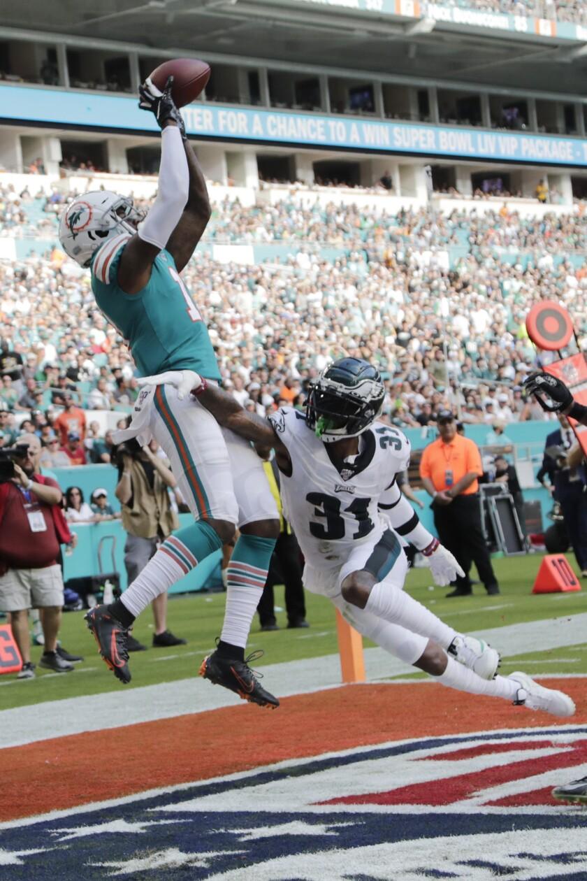 APTOPIX Eagles Dolphins Football