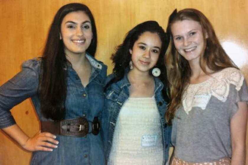 Community: Three seniors pick up women's scholarships