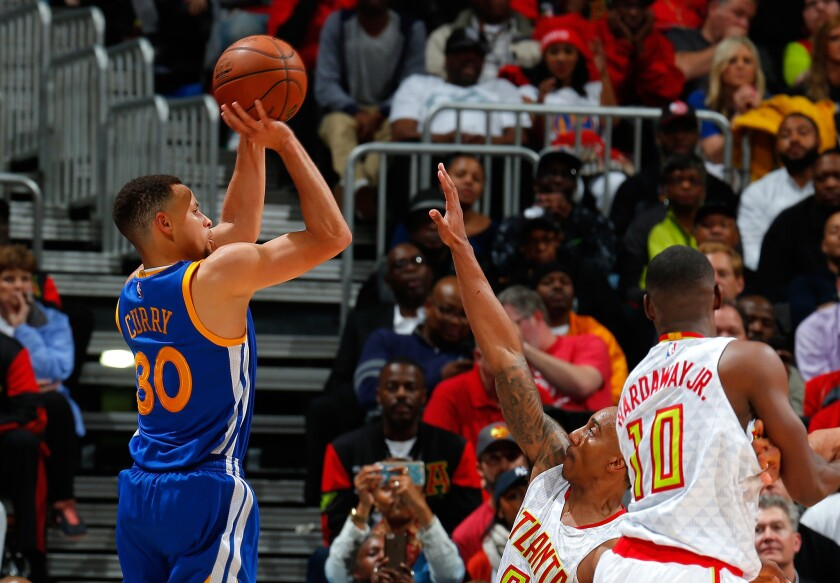 Warriors beat Hawks, 102-92, are fastest to 50 NBA victories