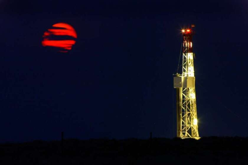 Natural gas leaks more methane, but it's still better than coal, a study shows
