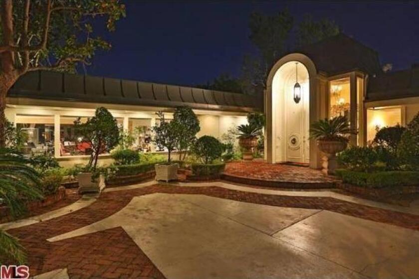 Elvis Presley's Beverly Hills estate goes on sale for $13 million