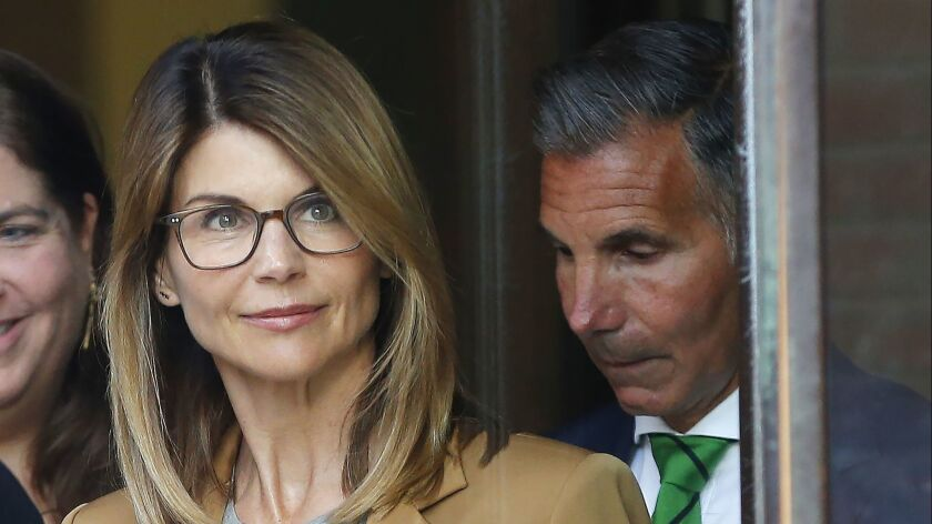 Lori Loughlin facing charges in a nationwide college admissions cheating scheme, Boston, USA - 03 Apr 2019