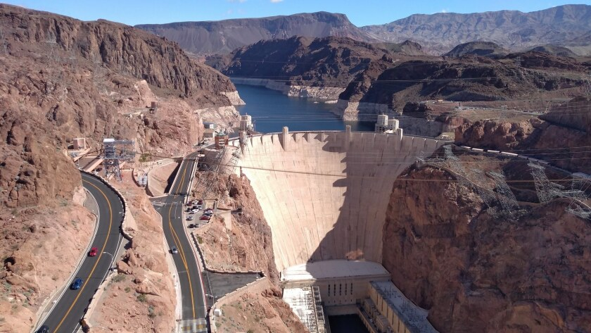 Vegas visitors can shuttle to see Boulder City, Hoover Dam
