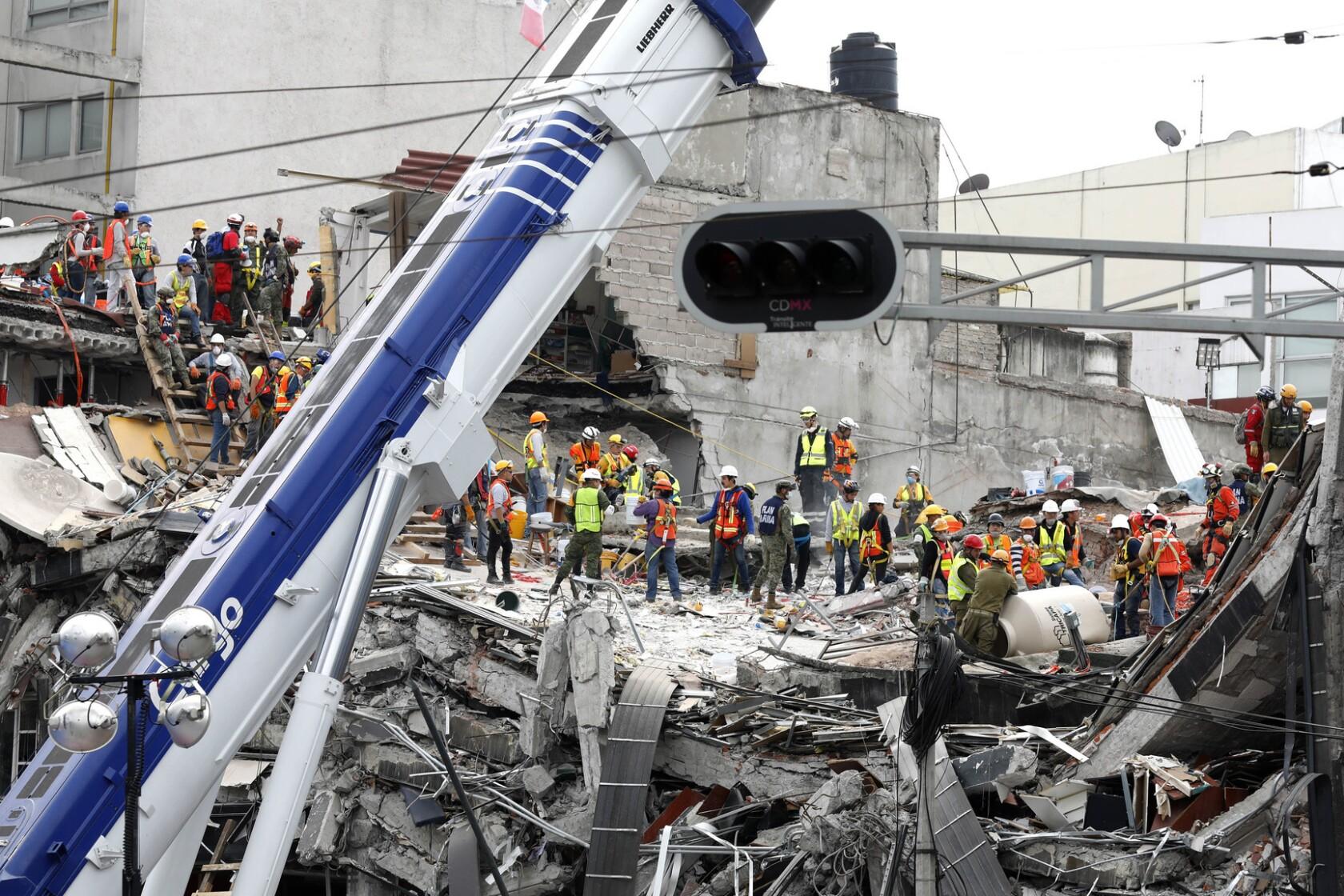 More than 200 killed as powerful 7 1 earthquake strikes central