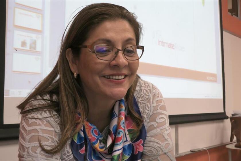 La psicóloga y profesora costarricense Olga Margarita Murillo habla durante su participación en el II Congreso Internacional de Sexología celebrado hoy en la Universidad del Este en Carolina, municipio cercano a San Juan. EFE