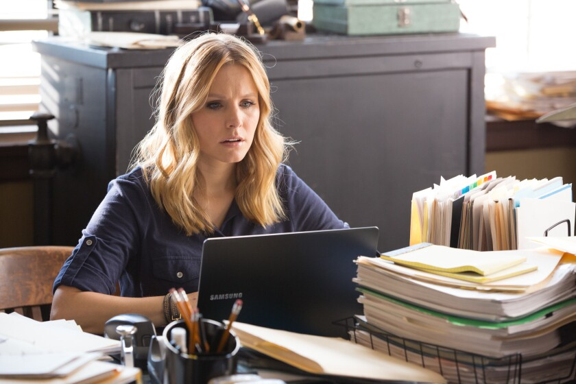Is Veronica Mars (Kristen Bell) frustrated that she can't download her own movie? A group of contributors to the movie's Kickstarter campaign are angry over their inability to download the movie.