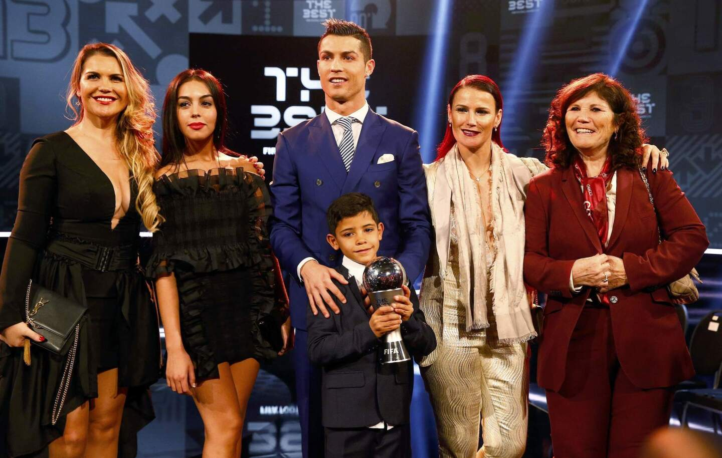 Football Soccer - FIFA Awards Ceremony - Best Men's Player - Zurich, Switzerland - 09/01/17. Cristiano Ronaldo poses with Georgina Rodriguez, his son Cristiano Ronaldo Jr, his mother Maria and his two sisters Telma and Katia after winning with the award. REUTERS/Ruben Sprich ** Usable by SD ONLY **