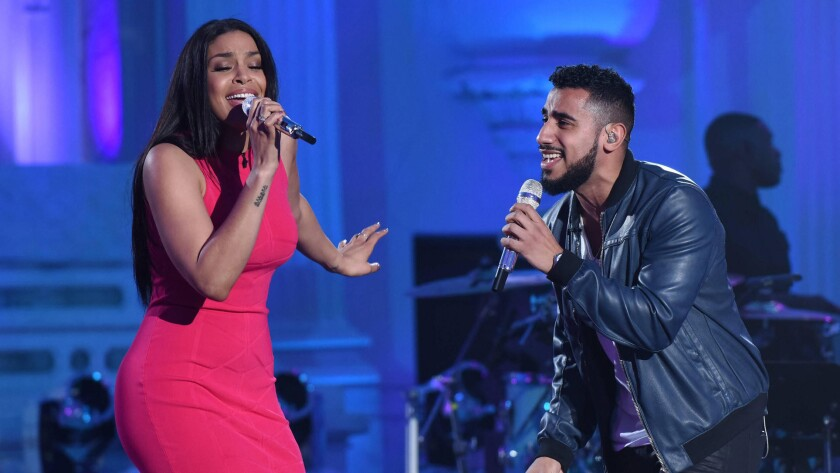 Jordin Sparks and Manny Torres duet on 'American Idol'