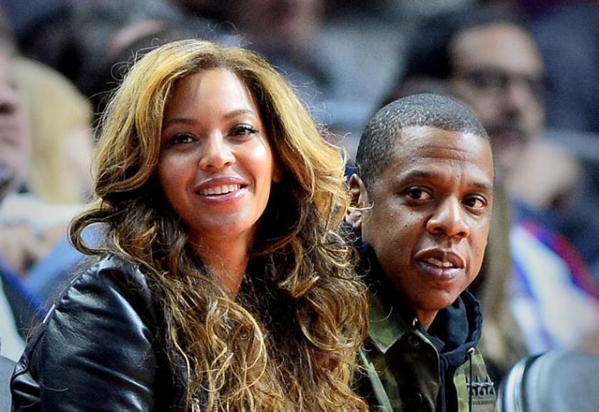 La cantante estadounidense Beyoncé reveló en la edición de septiembre de la revista Vogue las complicaciones que sufrió durante el embarazo y parto de sus gemelos Rumi y Sir, a los que dio a luz en junio de 2017. EFE/ARCHIVO