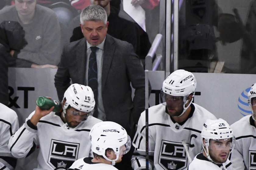 Kings coach Todd McLellan looks on during the second period of a game against the Chicago Blackhawks on Sunday in Chicago.
