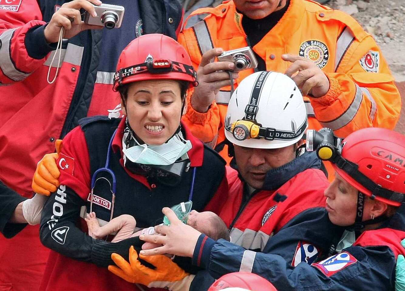 Forty-eight hours after the magnitude 7.1 earthquake quake in Turkey, 2-week-old Azra Karaduman was pulled alive from the rubble. Infant, her mother pulled from wreckage of earthquake in Turkey