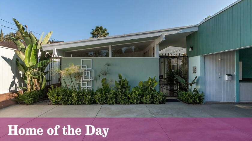 Home of the Day: Midcentury Modern home in Van Nuys retains its original vibe