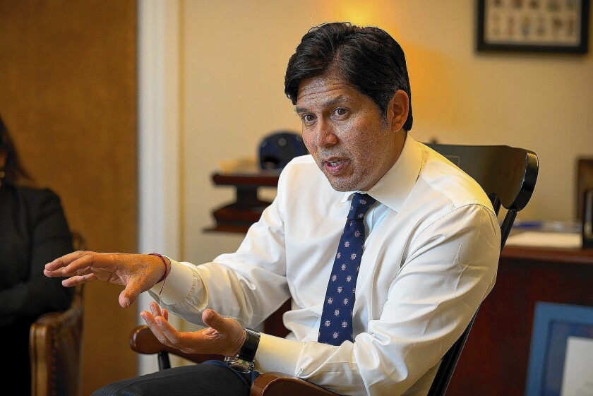 Sen. Kevin de León, the incoming Senate leader, wants Gov. Jerry Brown to rethink where construction should start on California's bullet train.