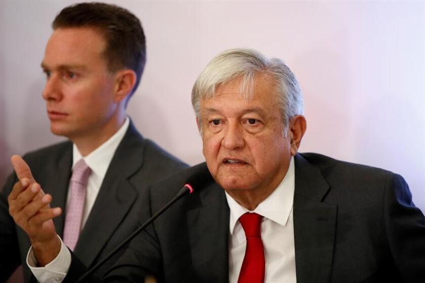 El presidente electo de México, Andrés Manuel López Obrador, pedirá a los gobernadores replicar en sus estados las reuniones matutinas de seguridad, dijo hoy el presidente de la Comisión Nacional de Gobernadores (Conago), Manuel Velasco. EFE