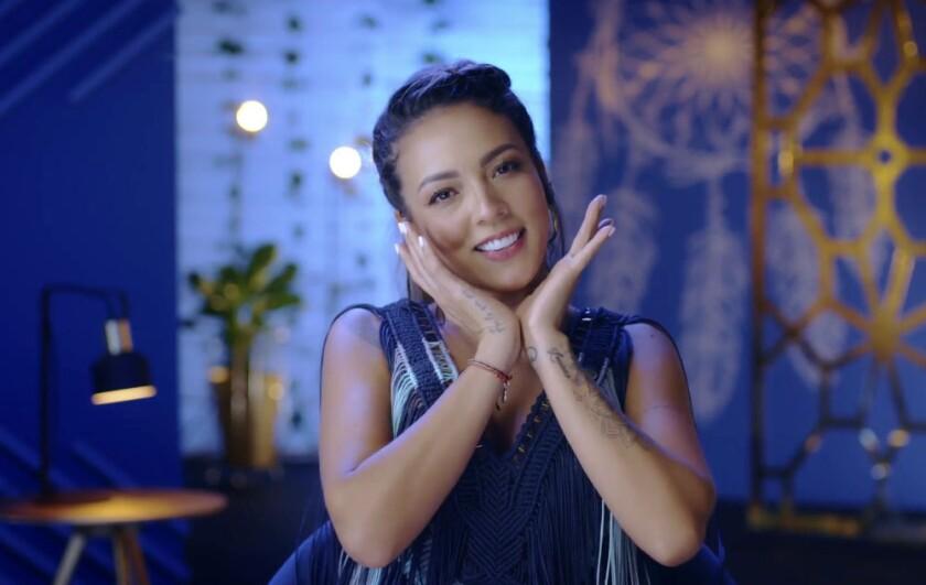 "En esta imagen difundida por MTV Latinoamérica, Pitizion, miembro del elenco del docu-reality ""Latin Flow"""