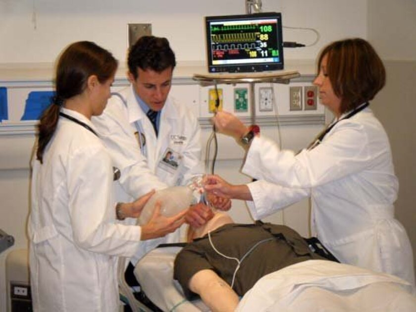 UCSD med students practice intubation in the new MedEd building. Photo: UCSD