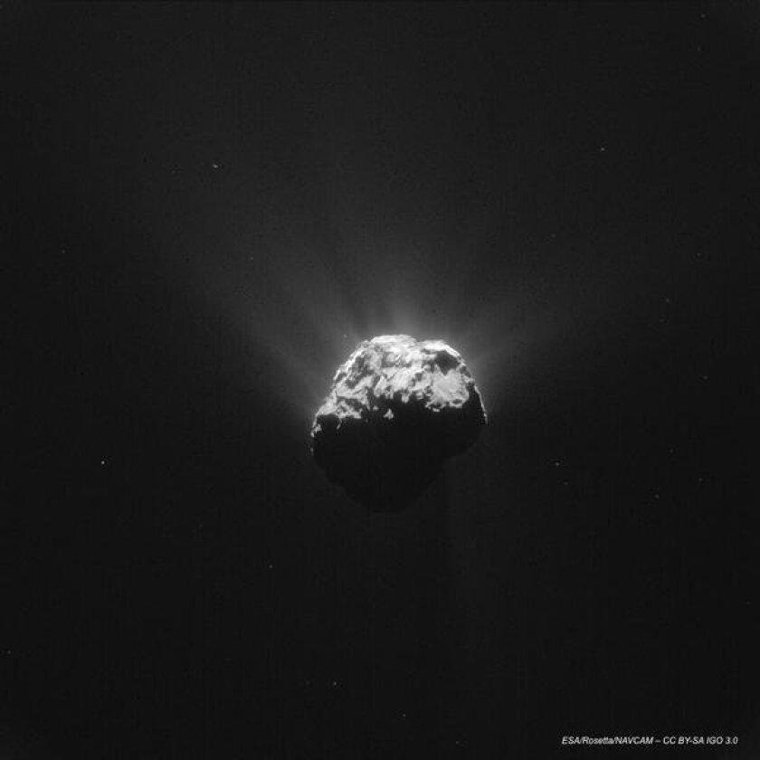 Philae comet lander is transmitting again to European Space