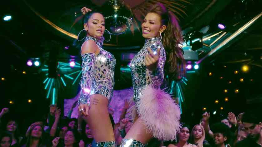 """Las cantantes Thalía y Natti Natasha participarán en este prometedor evento, donde se espera que presenten su popular dúo """"No me acuerdo""""."""