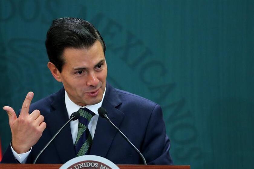 El presidente de México, Enrique Peña Nieto durante una conferencia de prensa. EFE/Archivo