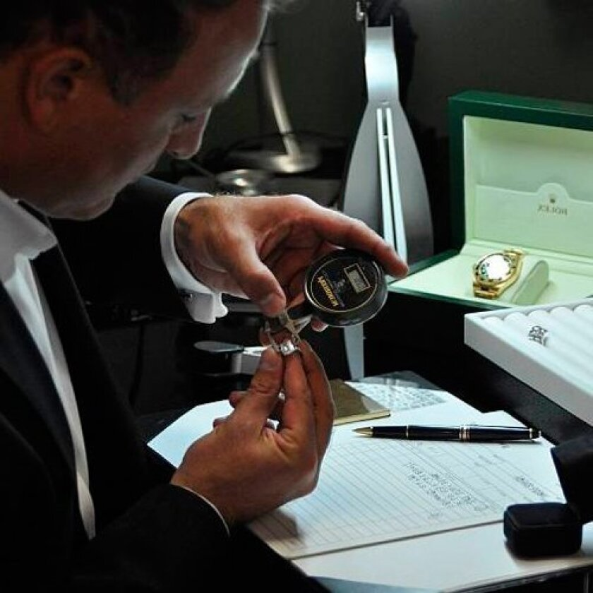 Carl Blackburn is owner of Diamond Estate Jewelry Buyers and among the country's top luxury estate buyers. As San Diego's premiere fine jewelry buyer, he is a recognized specialist in the purchase of important estate jewelry, diamonds, collectable timepieces, as well as a consumer advocate for fair