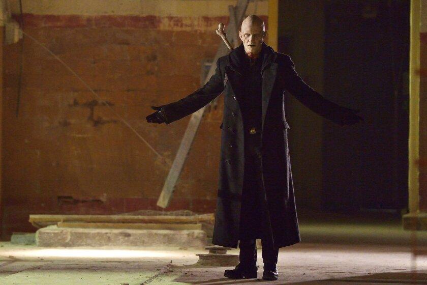 "Rupert Penry-Jones as Quinlan in ""The Strain."""