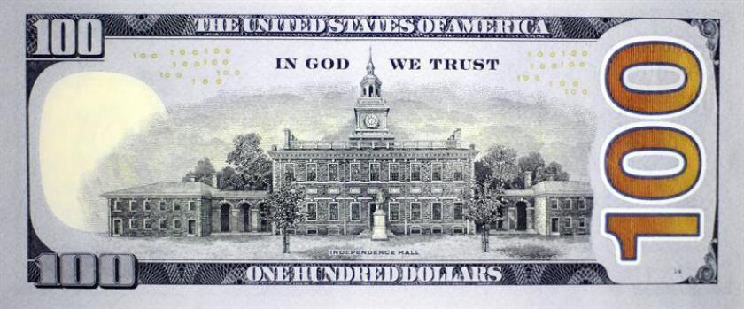 El Gobierno estadounidense amplió hoy la línea de canje de liquidez de divisas con México a 9.000 millones de dólares, una decisión que favorecerá la estabilidad del peso mexicano y que se enmarca dentro del nuevo pacto comercial EE.UU.-México-Canadá (USMCA, por su siglas en inglés). EFE/ARCHIVO