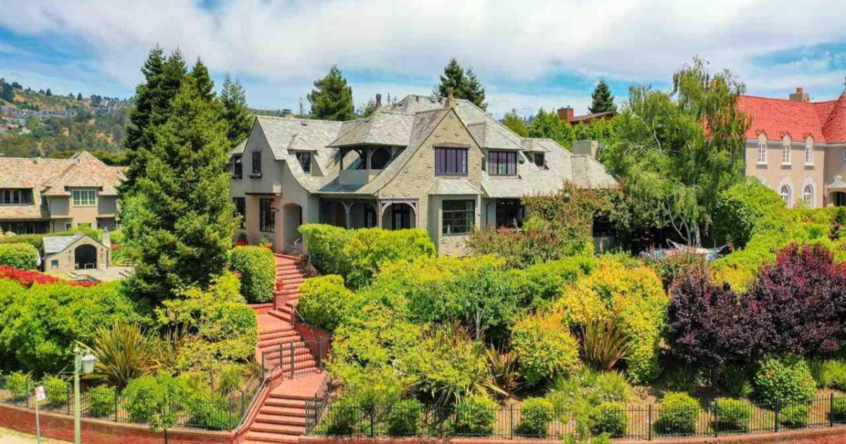 Hot Property: Former Oakland home of Green Day's Billie Joe Armstrong lists for sale