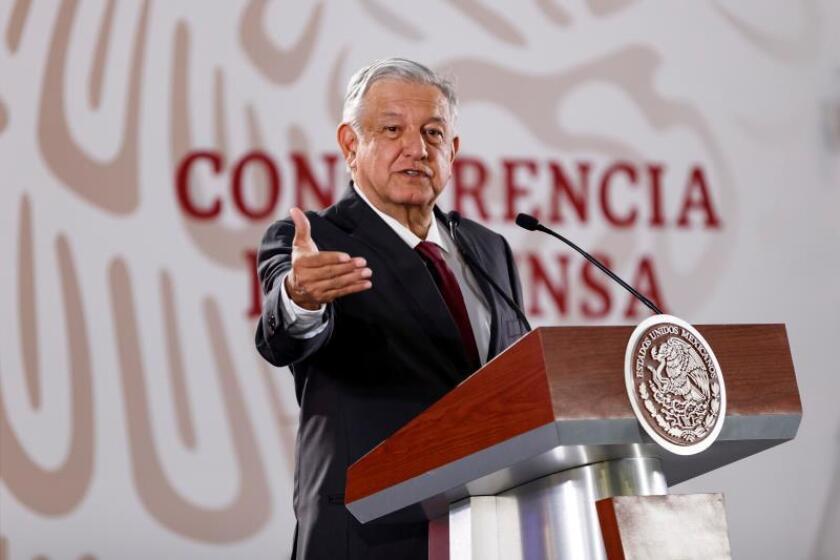 El presidente de México, Andrés Manuel López Obrador, habla durante una rueda de prensa en el Palacio Nacional en Ciudad de México (México). EFE/Archivo