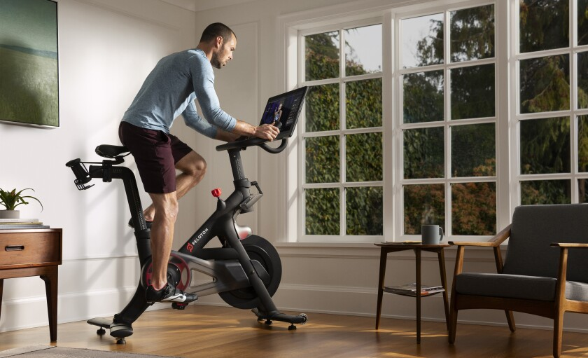 Peloton, maker of at-home spinning bikes, is suing Echelon Fitness, claiming it copied its technology for livestreamed spin classes.