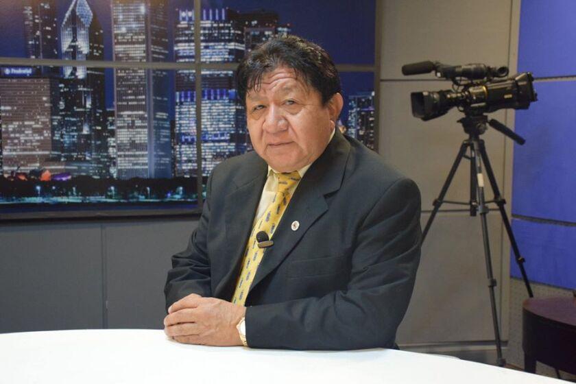 Abraham Guaján nació en Tecpán (Guatemala) en 1956.