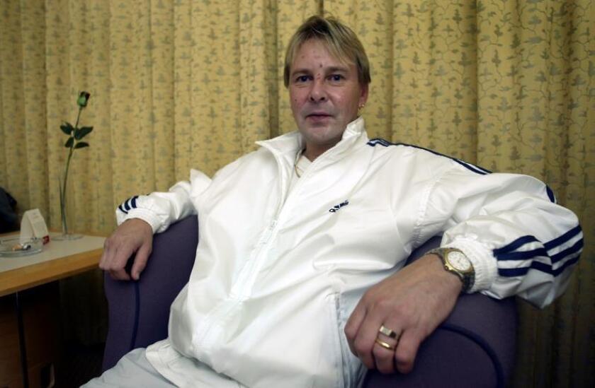 Foto de archivo del saltador de esquí Matti Nykänen en el hotel Tapiola Garden de Espoo (Filandia) el 20 de agosto de 2004. EFE/Archivo