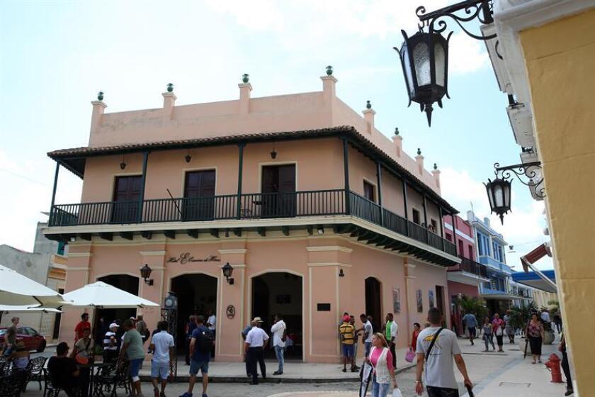 Cuba batió récords de llegada de viajeros foráneos en 2016 y 2017, cuando llegaron a la isla caribeña 4,5 y más de 4,6 millones de turistas, respectivamente. EFE/Archivo