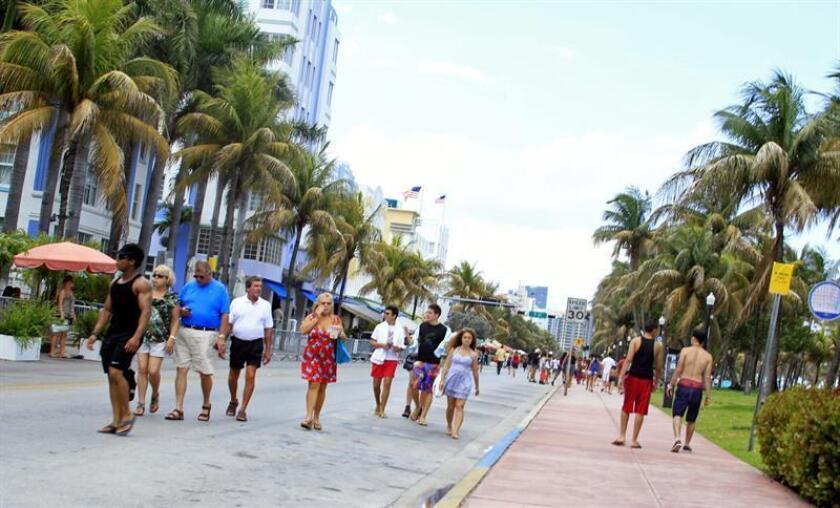Siete áreas metropolitanas de Florida encabezan la lista de las ciudades más peligrosas para los peatones de Estados Unidos, según un informe divulgado hoy por la organización Smart Growth America. EFE/ARCHIVO