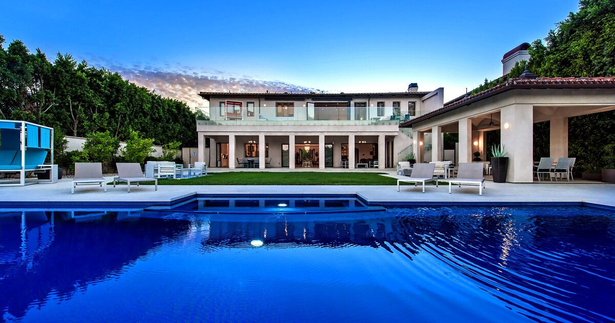 Hot Property | Comic Kathy Griffin looks to cash out in Bel-Air